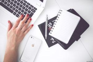021-Blogger Social Media Blog Stakeholder Mac Work Online Youtuber Influencer