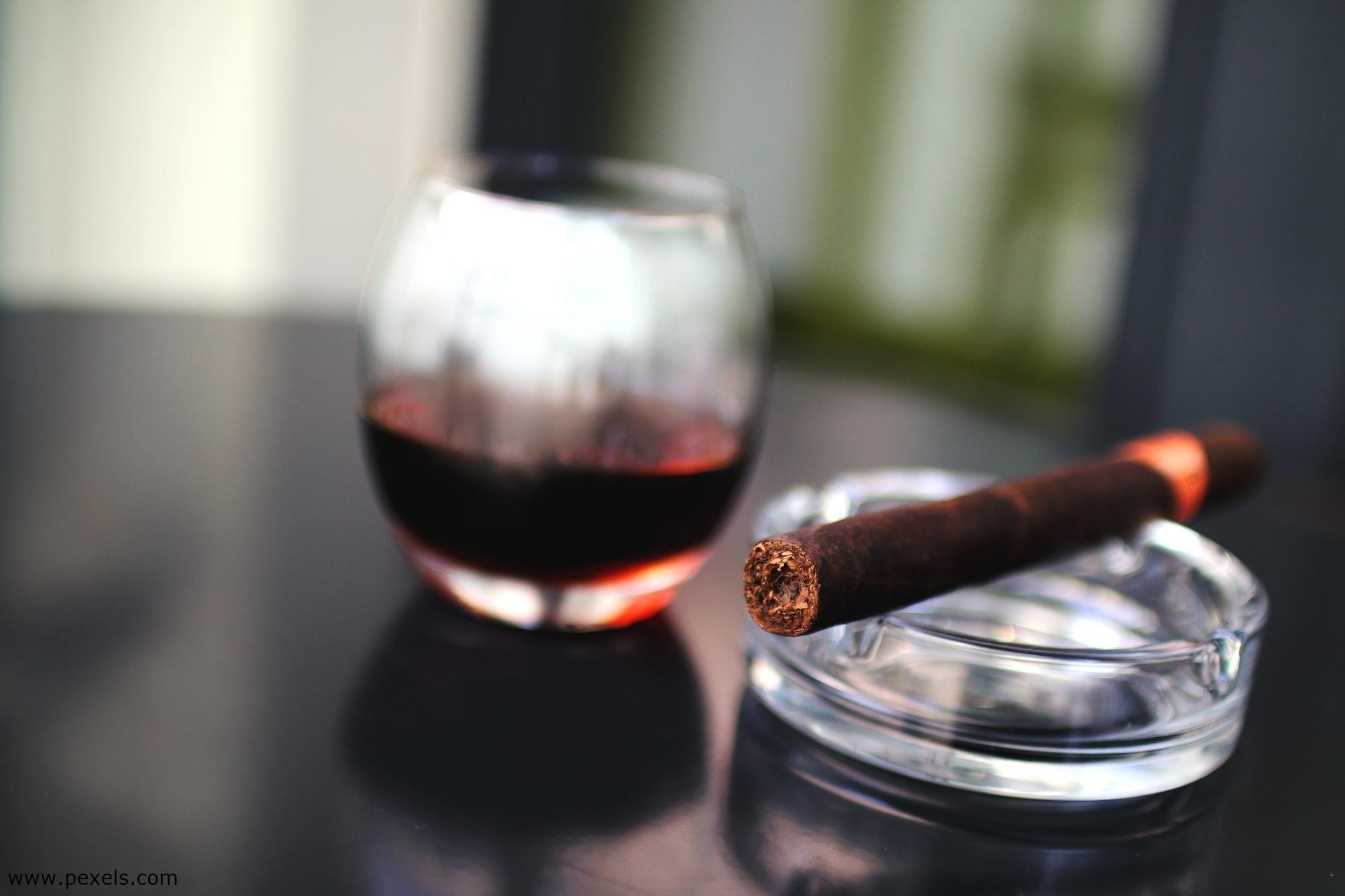 Visuelle Metaphern - Genuss Zigarre