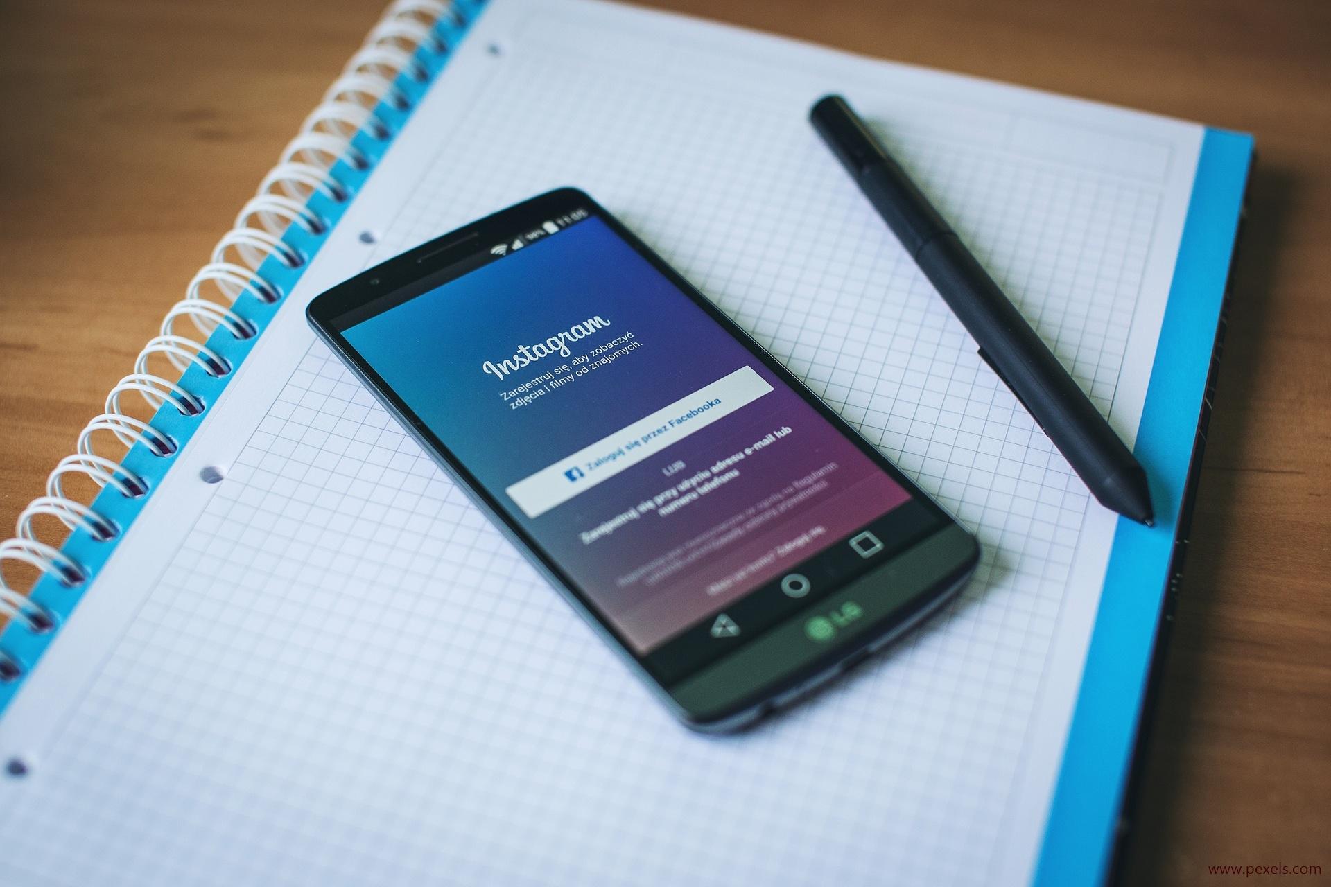 Die Plattform Instagram lebt von Bildern und deren Authentizität. Ob dieses Prinzip auch für den Gesundheitsbereich taugt, haben Forscher untersucht.
