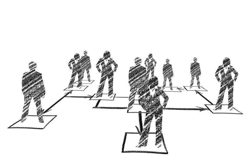 Kunden vertrauen Informationen von Mitarbeitern häufig eher als denen des CEOs. Um diese Potenziale zu nutzen, kommt es auf die interne Kommunikation an.